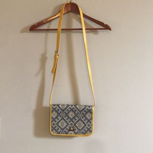 Shiraleah Cross Body Purse Leather/Embroidered